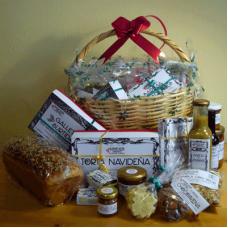 Gift Basket #100